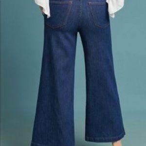 Wide leg, crop jeans